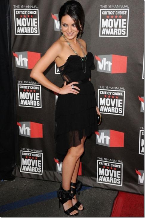 Mila Kunis in Nina Ricci