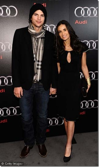 Ashton-Kutcher-and-Demi-Moore-0211