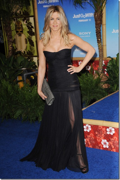 jennife_aniston_en_dolce_gabbana_3511_north_320x480