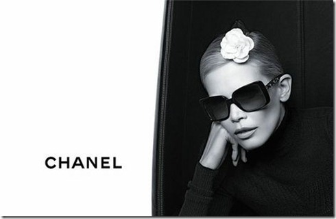Claudia-Schiffer-Chanel-Eyewear1